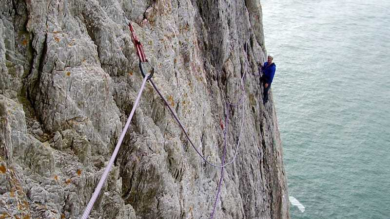 Anglesey sea cliff climbing - dream of white horses - Anglesey - multi pitch climbing