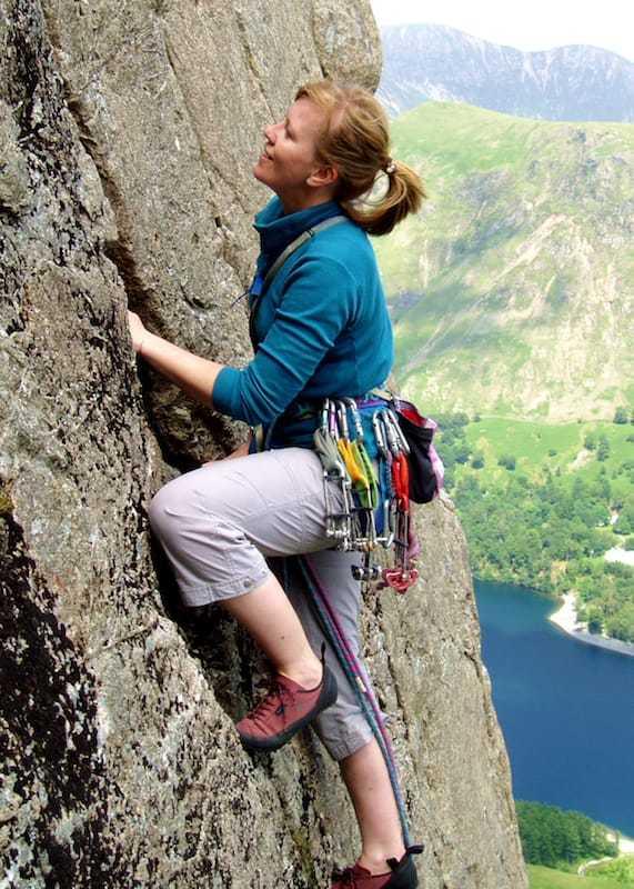 Multi-pitch-climbing-lead climbing