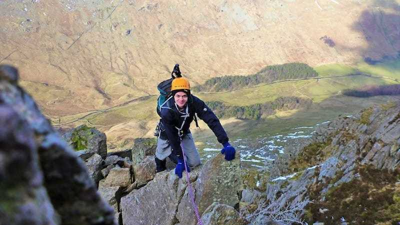 Scrambling Pinnacle Ridge - scrambling on saint sunday crag